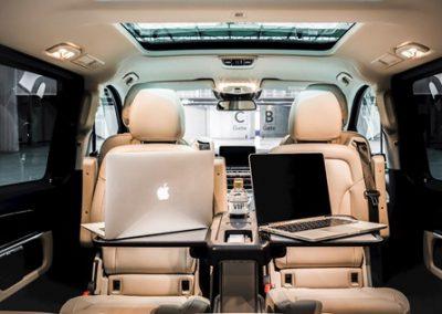 Werken onderweg V-klasse | Chauffeurstelefoon VIP Vervoer